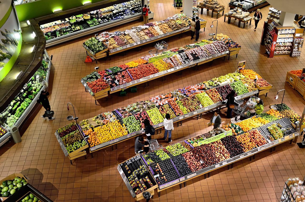 Mit der Beleuchtung locken und tricks im Supermarkt