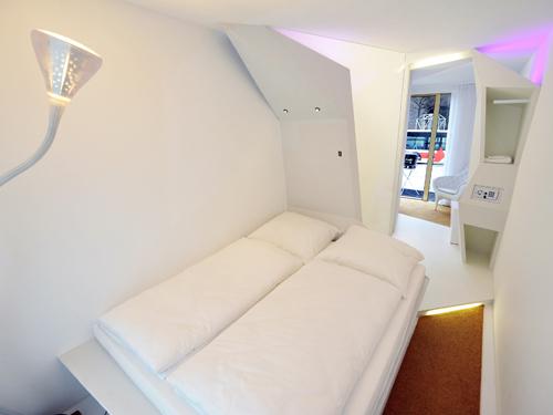 licht lampen leuchten einrichtungsideen mit designerlampen auf. Black Bedroom Furniture Sets. Home Design Ideas