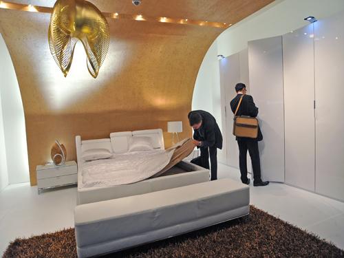 leuchten lampen schlafzimmer einrichtungsideen auf der m belmesse imm 2010 auf. Black Bedroom Furniture Sets. Home Design Ideas