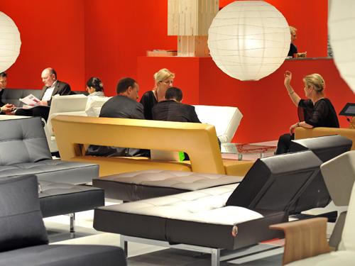 licht lampen leuchten lampen wohndesign bei der imm m belmesse 2010 auf. Black Bedroom Furniture Sets. Home Design Ideas